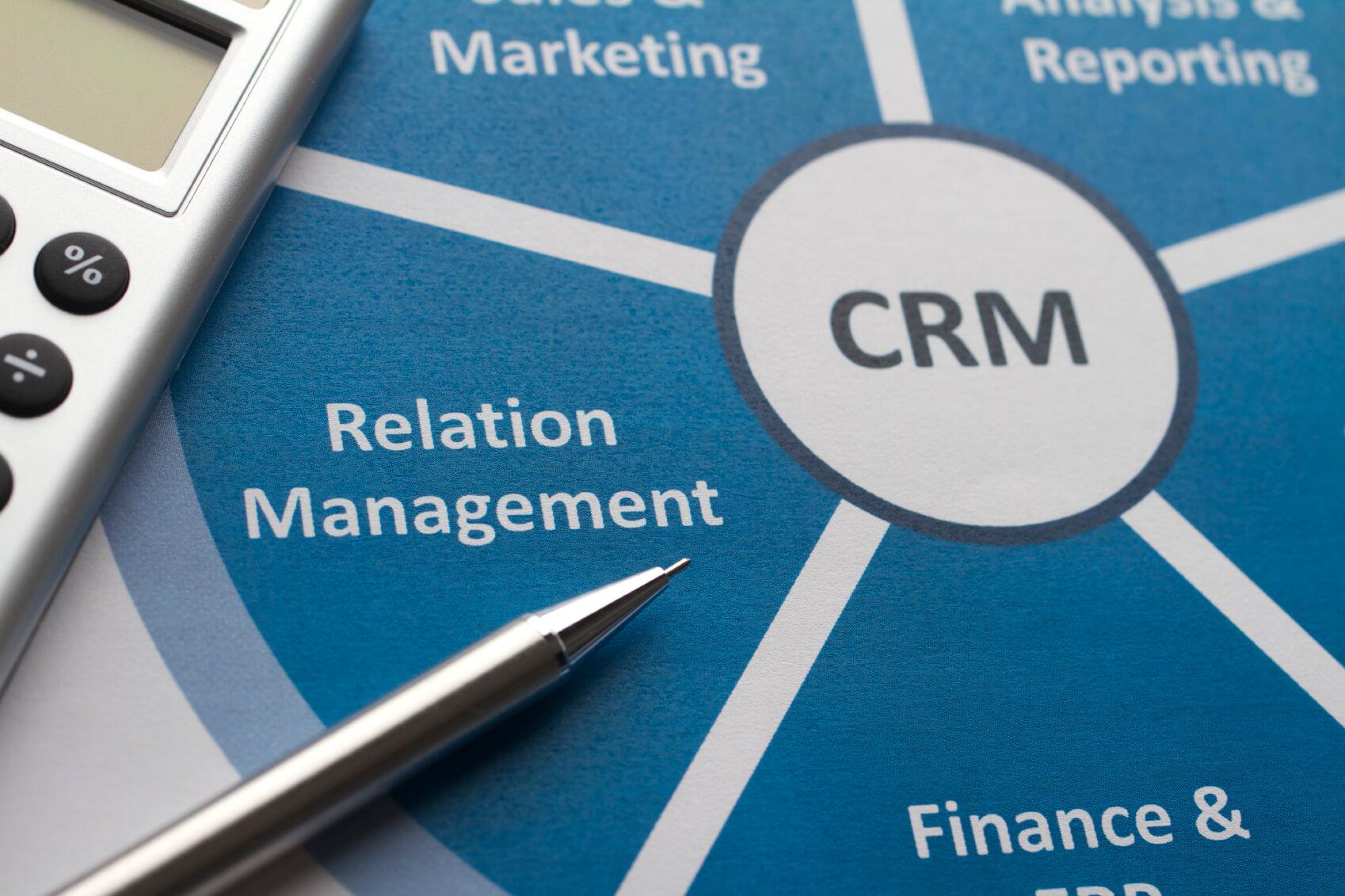 como fidelizar clientes - crm e equipe de vendas